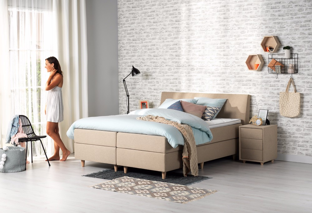 Beige Boxspring Home 160