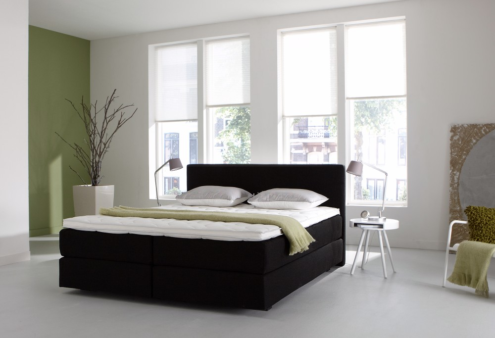 zwarte boxspring Night Barcelona