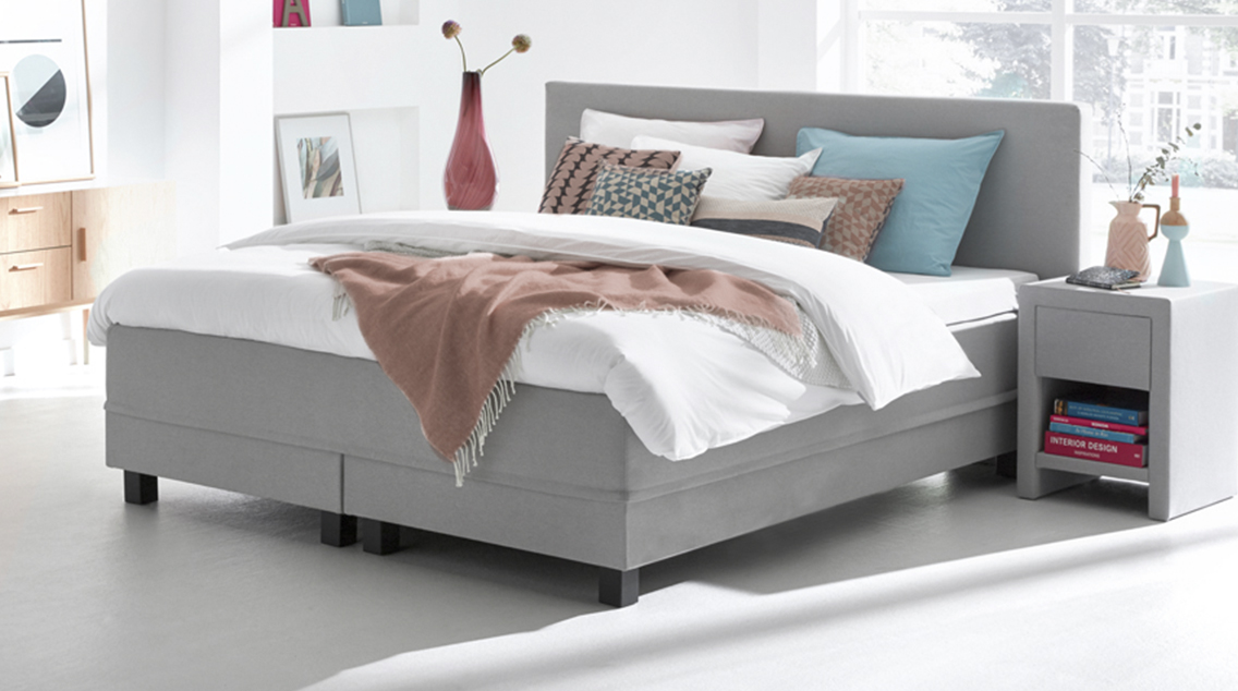 wat is een boxspring bekijk de boxspringwijzer swiss sense. Black Bedroom Furniture Sets. Home Design Ideas