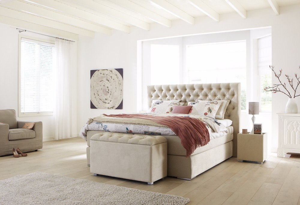 Beige boxspring Capella Estello